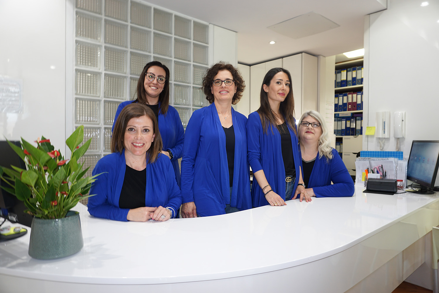 segreteria studio dentistico laureti latina